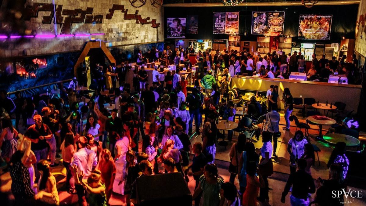 Ночной клуб красноуфимск ночные клубы санкт петербурга думская