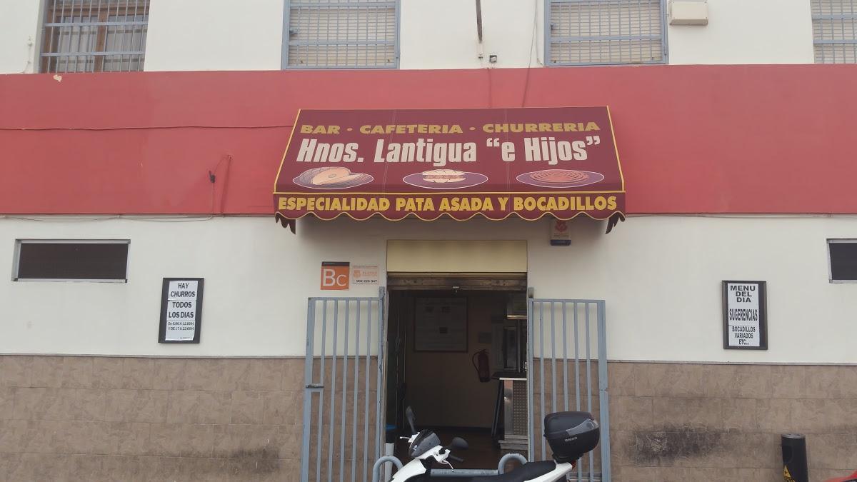 Foto de Cafeteria Churreria Hermanos Lantigua