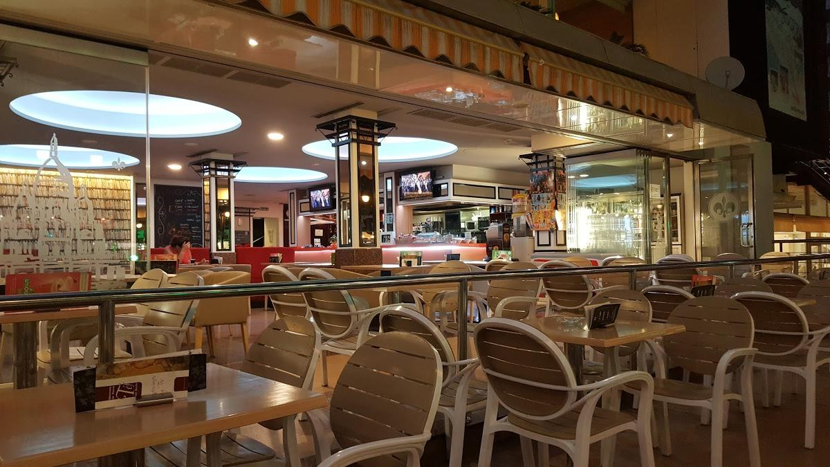 Cafe Paris In Benidorm Restaurant Reviews