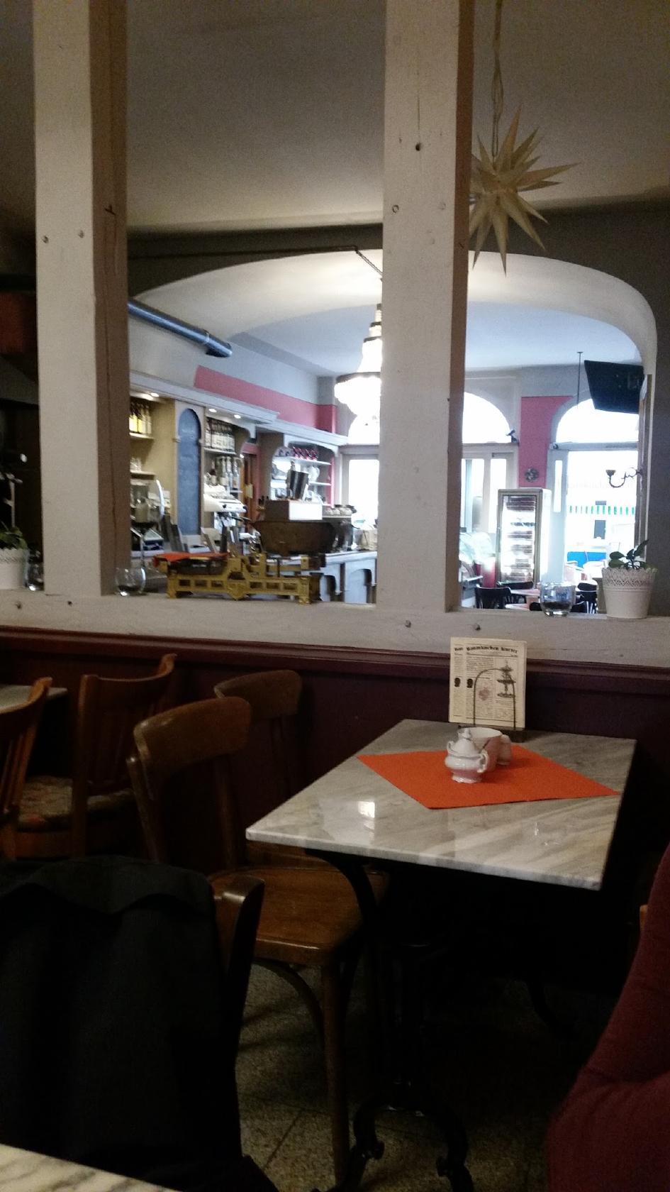 photo de Baumkuchen Cafe