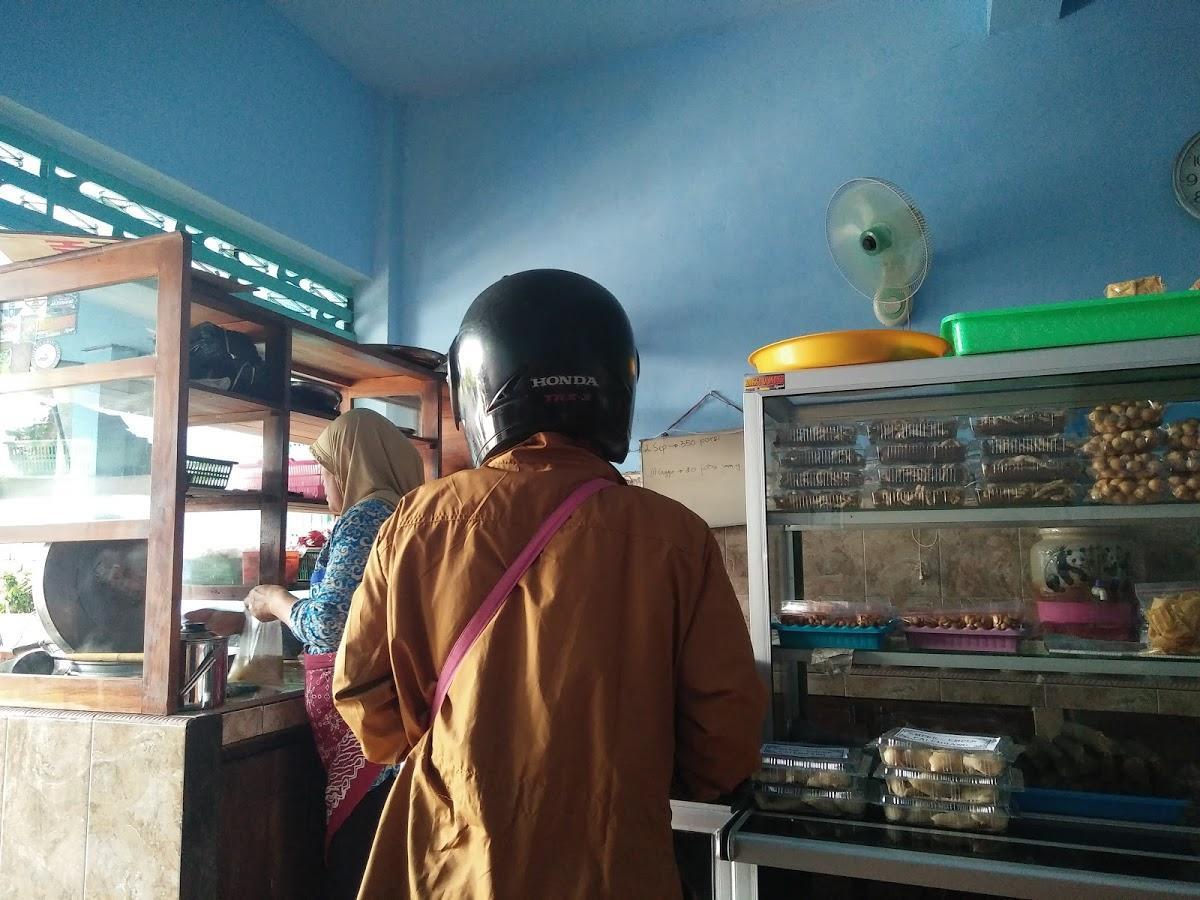 Bakso Winong Restaurant Nganjuk Jl Teuku Umar No 17 Restaurant Reviews
