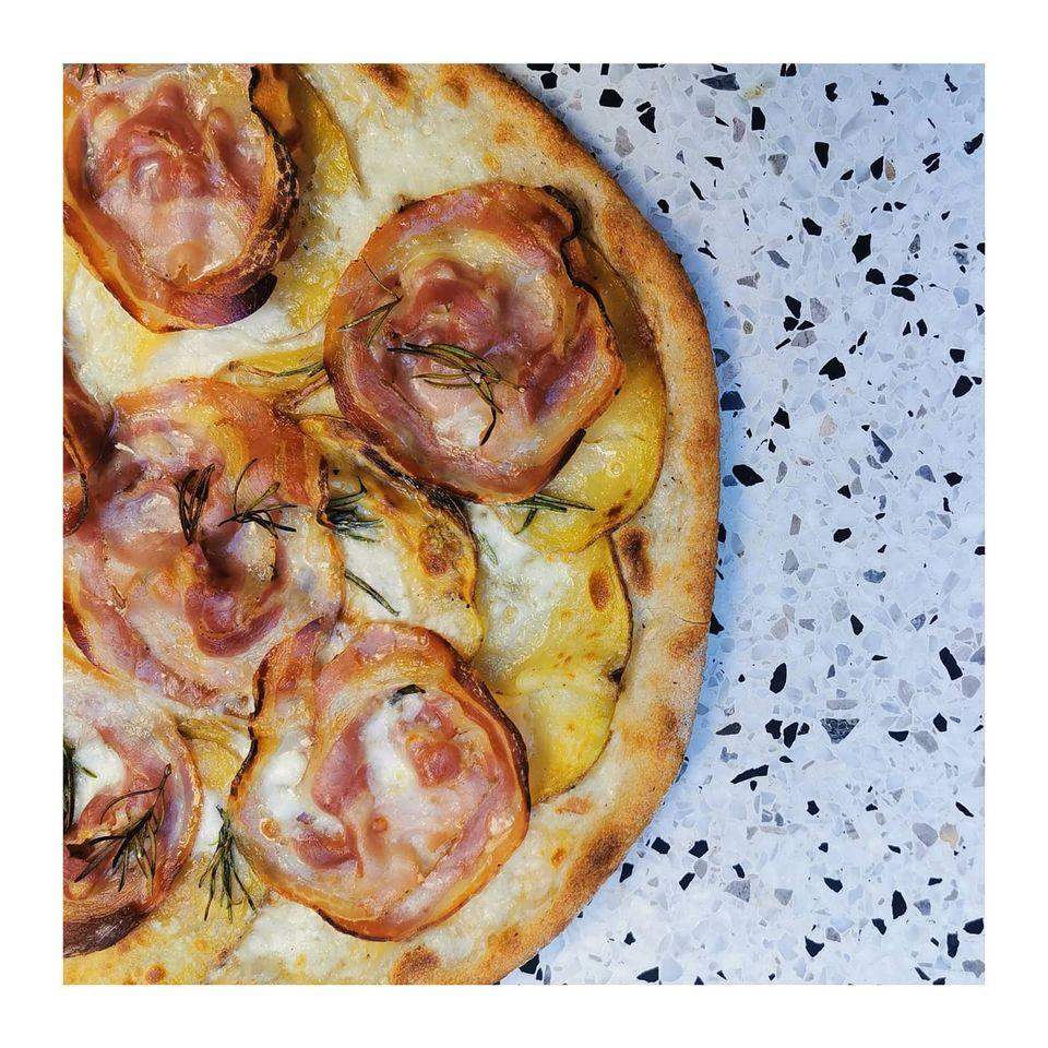 photo de Pizzeria Mamemi & Wine Bar