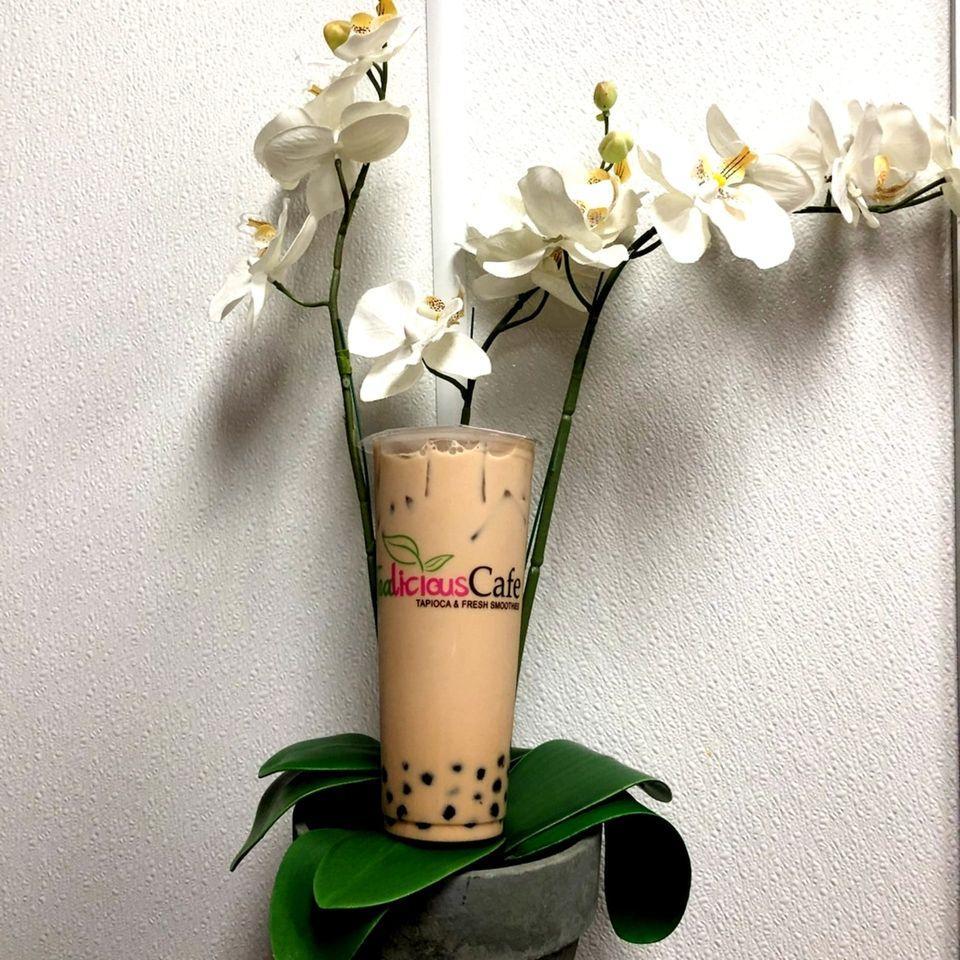 TeaLicious Cafe photo