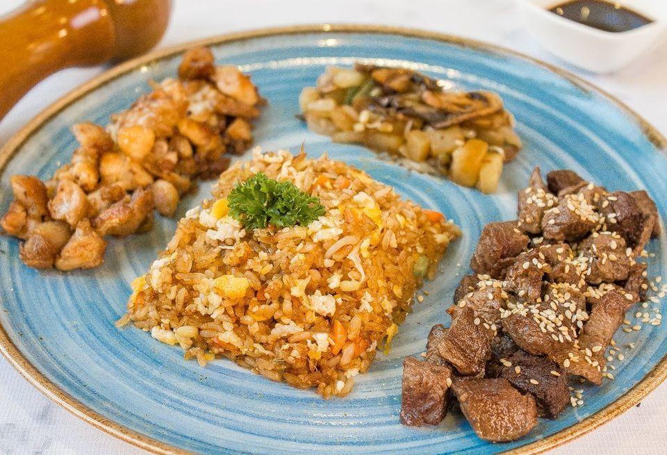 Takuma Cocina Show photo