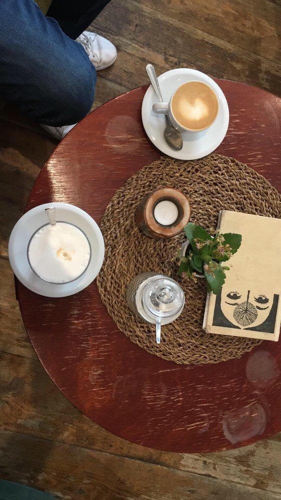 Egon Café photo