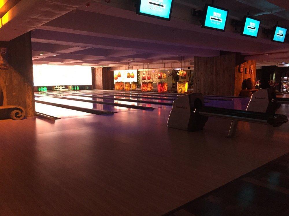 Tikitiki Bowling Bar photo