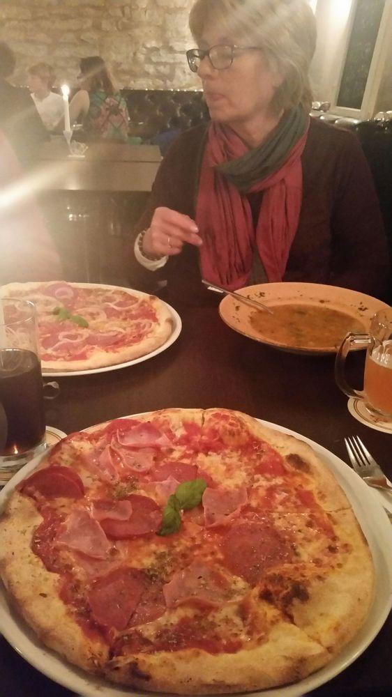 Vito Restaurant Cafe Bar Foto