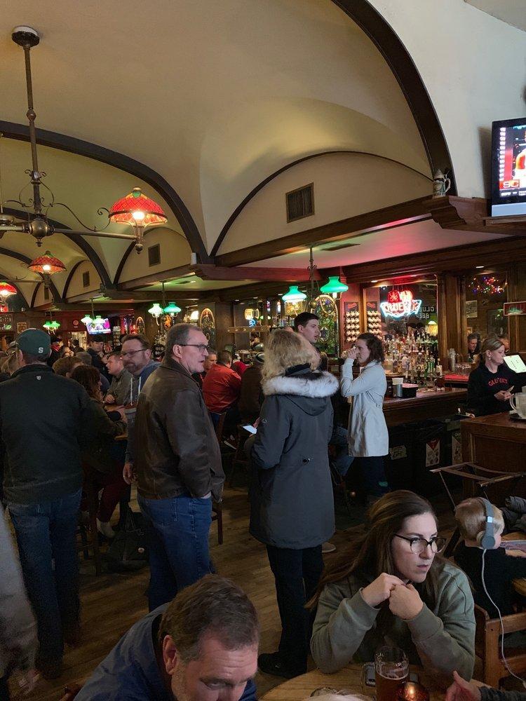 Gluek's Restaurant & Bar photo