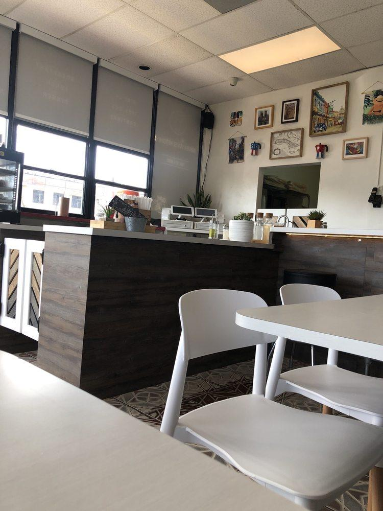 Mi Abuelita S Kitchen In Hialeah Restaurant Menu And Reviews