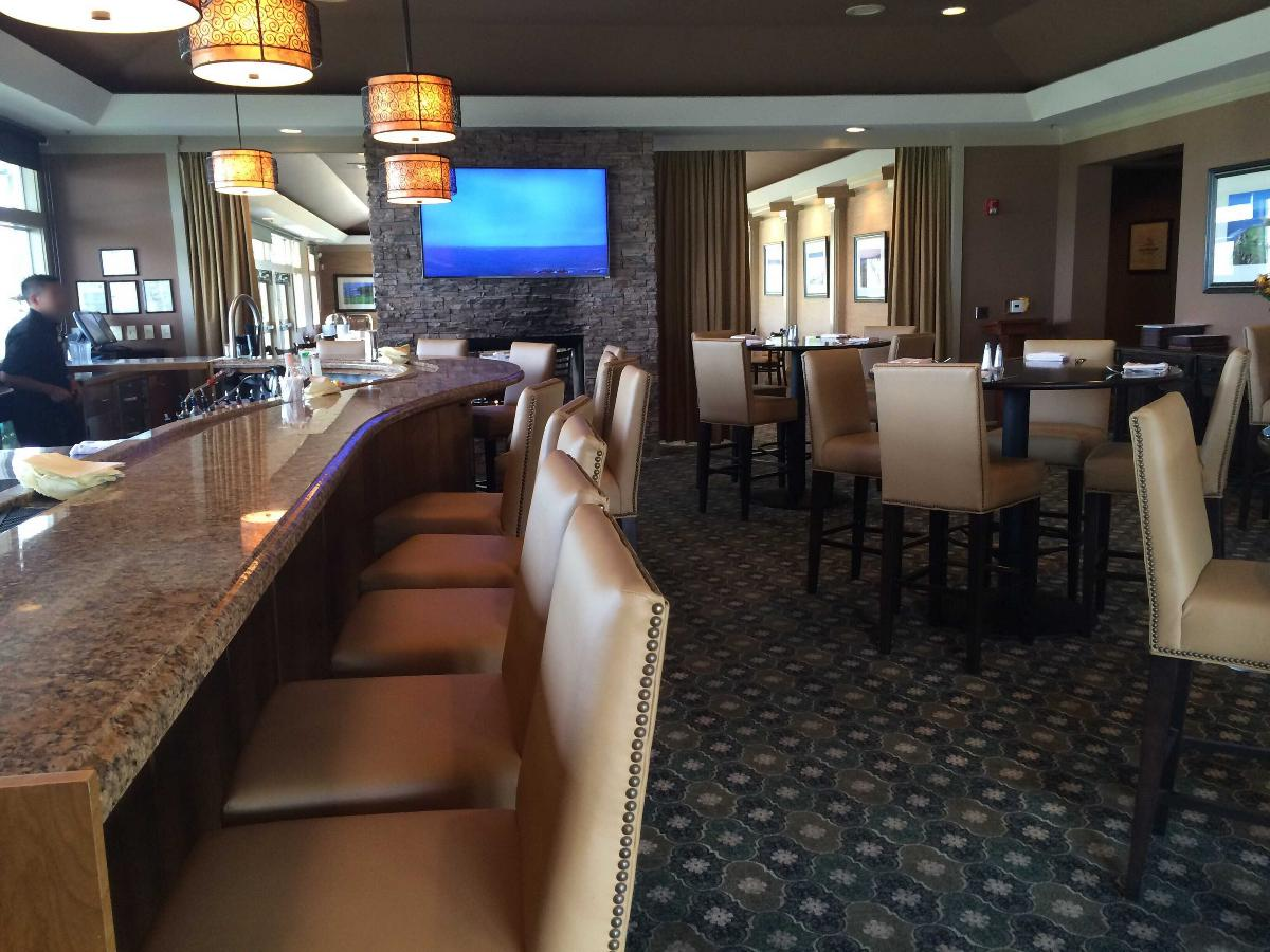 Mullins Bar and Grill photo