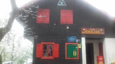 Planinarski dom Risnjak