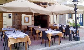 Paradise Bar and Restaurant