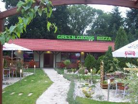 Green Grass Pizza