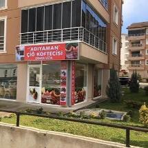 Demirci Adıyaman Çiğköftecisi Orhan Usta