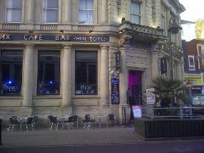 Banx Cafe Bar
