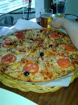 No. 28 Pizza pub