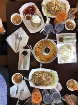 Thao's Thai Restaurant and Deli