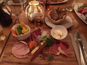 GASSENHAUR Restaurant & Beisl