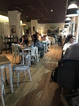 La General Bistró & Café