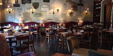 CRÚ Food & Wine Bar - (The Shops at Legacy)