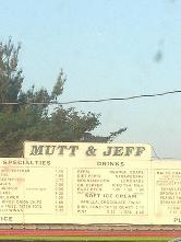 Mutt & Jeff Drive In in Falls City - Restaurant reviews