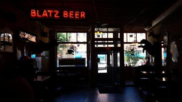 Fibs North Restaurant