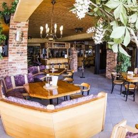 PEPITO Cafe Bistro Cocktailbar