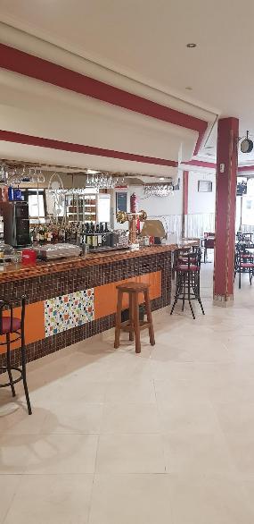 Kebab y Más Cervecería Café Bar