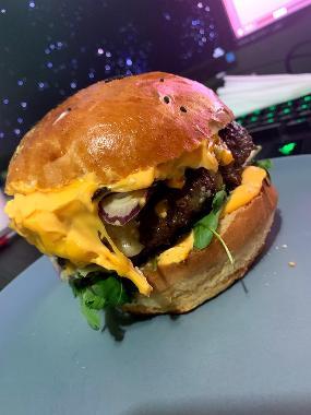 LA burger - LANŠKROUN