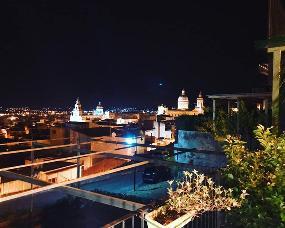 Déjà Vu la nuit au Belvedere