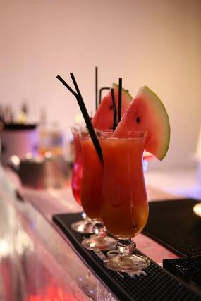 M 22 Restaurant & Bar Lounge
