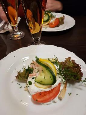 Tuna Kök & Bar