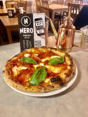 Nero Pizzeria