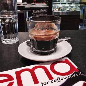 COMO Coffee & More roasting Since 2008