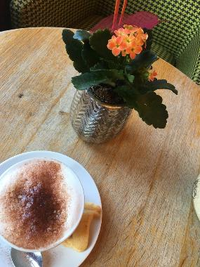 Brot & Cafe