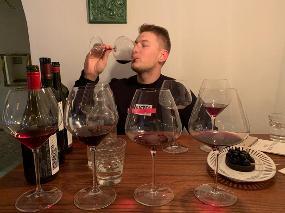 Wine bar Suklje