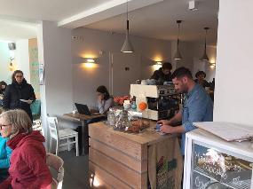 Auszeit, Café - Bar