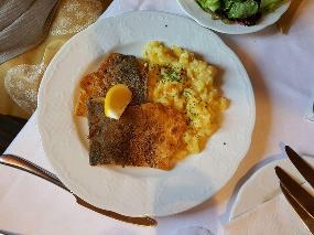 Find The Best Place To Eat In Gerhardshofen Summer 2021 Restaurant Guru