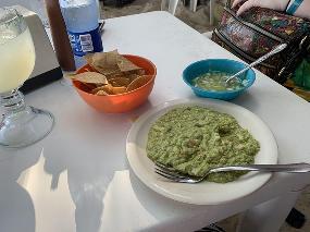La Tarraya Restaurant/Bar