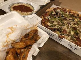 Lefty's Pizza & Breakfast