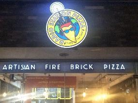 Radio Station Pizza