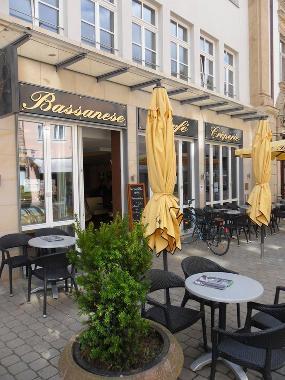 Café Bassanese