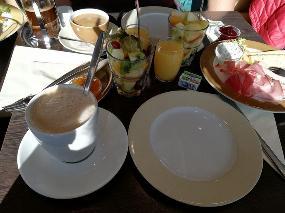 Cafe Lounge Diwan