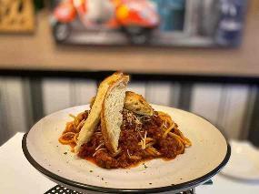 Bella Tiarnie Restaurant & Gourmet Pizzas