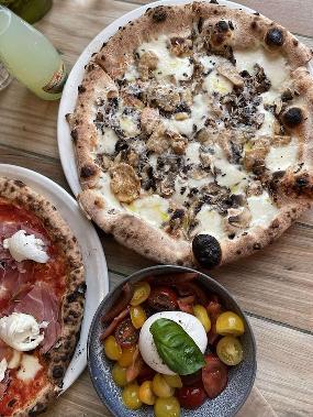 DOC Pizza & Mozzarella Bar