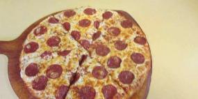 John's Pan Pizza