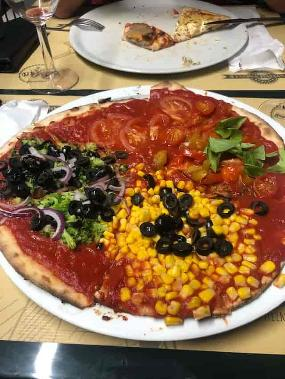 La Pizza Loca