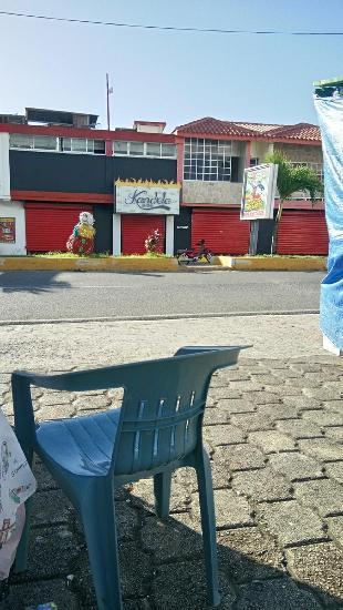 Kandela Dring,venezolanas 2 Encargado Del Establecimiento Edison