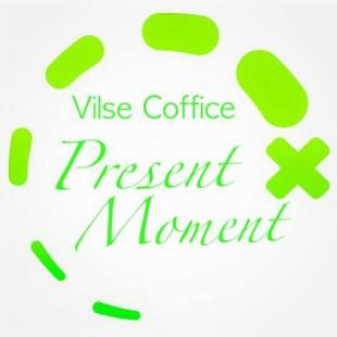 Cafe Present Moment