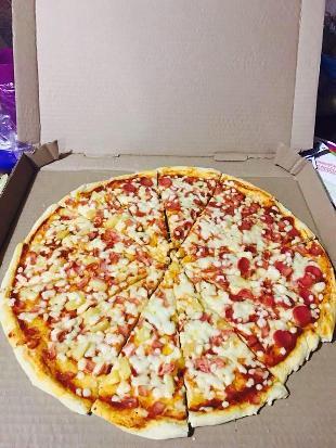 MA-CHA's Pizzería